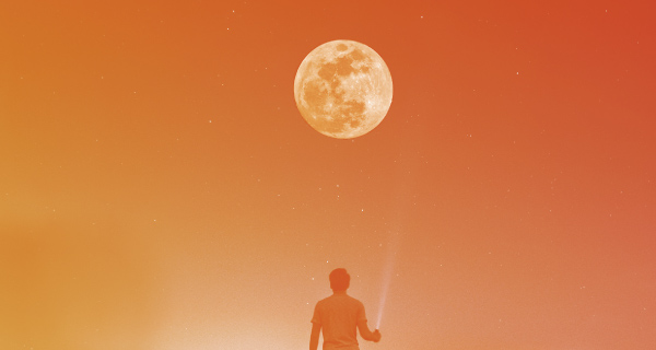 Manifest Your Desires with the Power of the Full Moon | California Psychics
