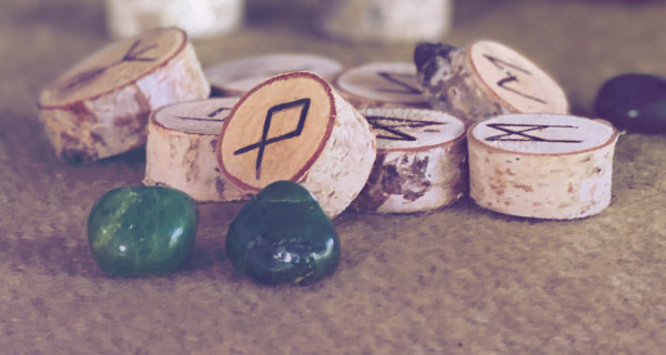 How to Cast Runes | California Psychics